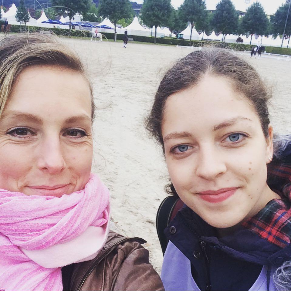 Mit Klara bei Pferd und Sinfonie  spontaner Entschluss abhellip